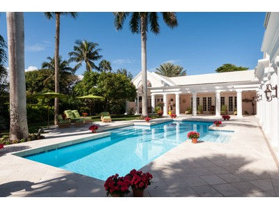Tek Ailelik Ev for sales at Beautiful Blossom Way 70 Blossom Way Palm Beach, Florida 33480 Amerika Birleşik Devletleri