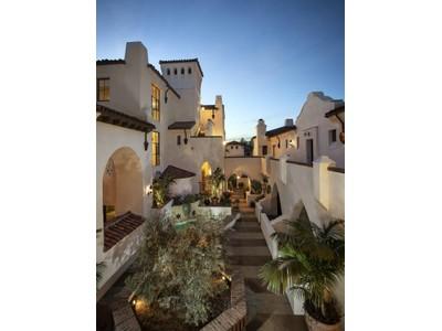 共管式独立产权公寓 for sales at Luxury Downtown Condos 401 Chapala Street Unit 312 Santa Barbara, 加利福尼亚州 93101 美国