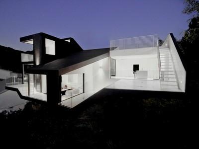 Einfamilienhaus for sales at The Nakahouse 3140 Hollyridge Drive Los Angeles, Kalifornien 90068 Vereinigte Staaten