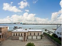独户住宅 for sales at 1011 Walsh Lane    Galveston, 得克萨斯州 77554 美国