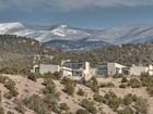一戸建て for  sales at 962 Cerro De La Paz   Santa Fe, ニューメキシコ 87501 アメリカ合衆国