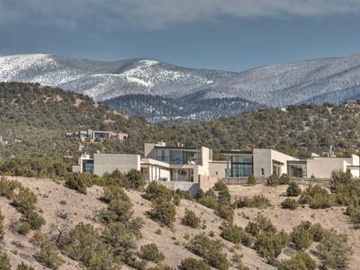 Single Family Home for sales at 962 Cerro De La Paz    Santa Fe, New Mexico 87501 United States