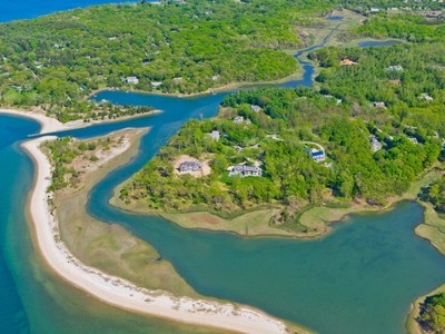 Land for sales at Ezekills Road Waterfront  Sag Harbor, New York 11963 United States
