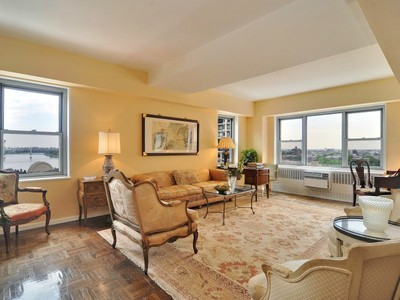 코압 for sales at East End Area 525 East 86th Street Apt 15d New York, 뉴욕 10028 미국