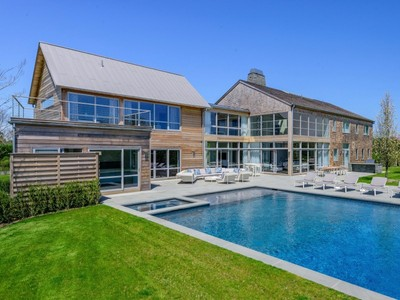 獨棟家庭住宅 for sales at Chic Modern Barn, Premier Location   Bridgehampton, 紐約州 11932 美國
