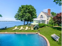 Villa for sales at Exquisite Dering Harbor Estate 27 Shore Road   Shelter Island, New York 11965 Stati Uniti