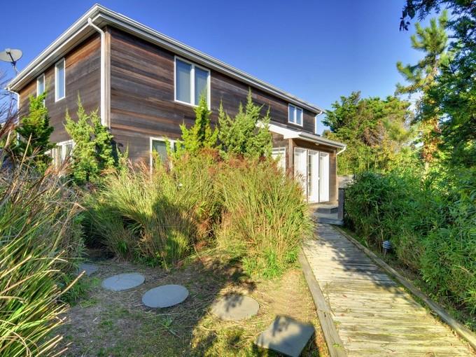 Villa for sales at Amagansett Dunes - Cool and Modern  Amagansett, New York 11930 Stati Uniti