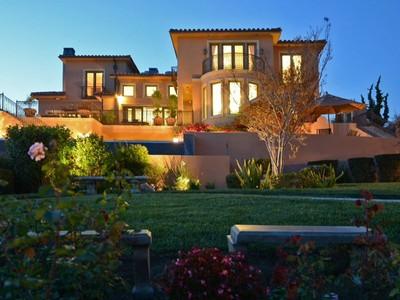 Terrain for sales at Malibu's Tuscan Treasure 6322 Sea Star Drive Malibu, Californie 90265 États-Unis