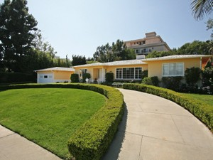 Single Family Home for Sales at Trophy Location 225 Georgina Avenue  Santa Monica, California 90402 United States