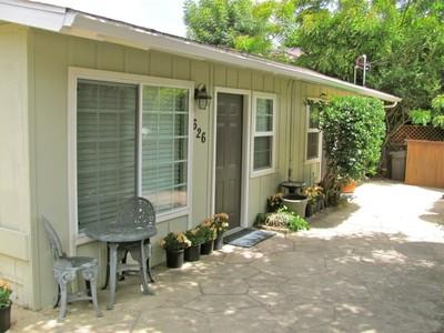 独户住宅 for sales at Westside Duplex 626 Coronel Place Santa Barbara, 加利福尼亚州 93101 美国