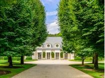 Частный односемейный дом for sales at Designer's French Pavilion 306 Georgica Road   East Hampton, Нью-Мексико 11937 Соединенные Штаты