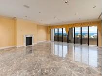 Maison unifamiliale for sales at Palatial Biltmore Penthouse 150 Bradley Pl # 1002   Palm Beach, Florida 33480 États-Unis