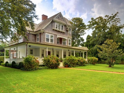 Einfamilienhaus for sales at The Henry D. Hedges House   East Hampton, New York 11937 Vereinigte Staaten