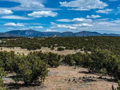 Land for sales at 79 Heartstone 79 Heartstone Dr Santa Fe, New Mexico 87506 United States
