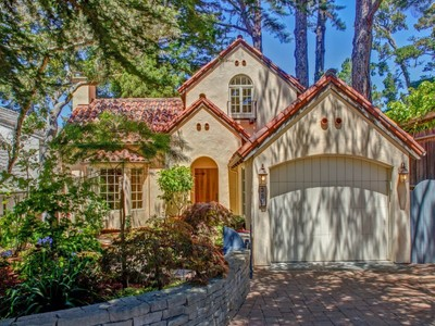 独户住宅 for sales at Carmel-By-The-Sea Mediterranean Vizcaino 3 Sw Of Mountain View Carmel, 加利福尼亚州 93921 美国