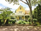 Einfamilienhaus for  sales at Classic Beauty With Bay Views   Sag Harbor, New York 11963 Vereinigte Staaten