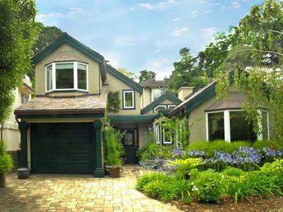 Частный односемейный дом for sales at Beautifully Remodeled Home Torres 2 Nw 11th  Carmel, Калифорния 93923 Соединенные Штаты