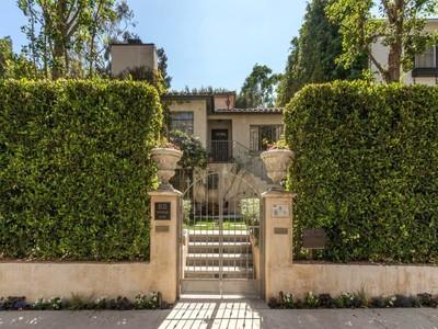 Maison unifamiliale for sales at Mediterranean Showpiece Home 1035 Westholme Avenue Los Angeles, Californie 90024 États-Unis
