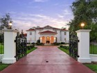 Single Family Home for  sales at 1 East Rivercrest Drive 1 E. Rivercrest Drive  Houston, Texas 70042 United States