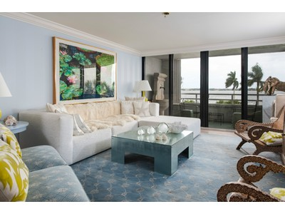 Copropriété for sales at Flagler Yacht Club 3701 S Flagler Dr B-404 West Palm Beach, Florida 33405 États-Unis