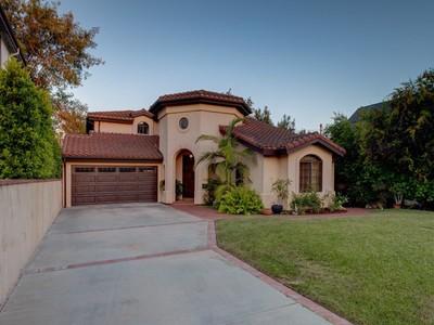Частный односемейный дом for sales at 1642 Mccollum Street  Los Angeles, Калифорния 90026 Соединенные Штаты