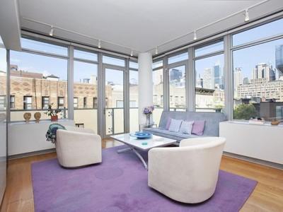 Condominio for sales at 464 West 44th Street Unit 7G  New York, Nueva York 10036 Estados Unidos