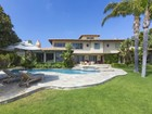 Single Family Home for  sales at Spectacular Mediterranean Villa 5857 Murphy Way   Malibu, California 90265 United States