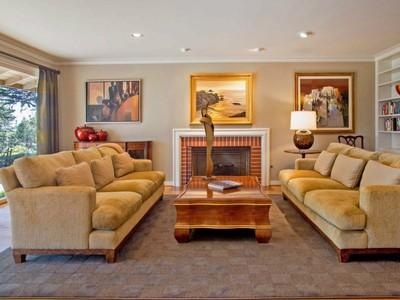 for sales at Beautiful Remodel with Ocean View 1540 Viscaino Road Pebble Beach, California 93953 Stati Uniti