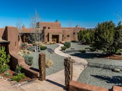獨棟家庭住宅 for sales at 23 Vista Redonda  Santa Fe, 新墨西哥州 87506 美國