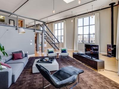Condomínio for sales at Spacious Loft Residence in South Beach 1 Clarence Pl # 17 San Francisco, Califórnia 94107 Estados Unidos