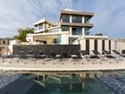 独户住宅 for  sales at The Ultimate Trophy View Estate 9380 Sierra Mar Drive   Los Angeles, 加利福尼亚州 90069 美国
