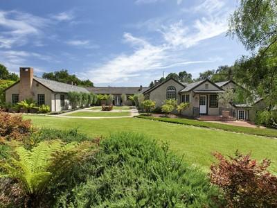 Maison unifamiliale for sales at Midwood 1684 San Leandro Lane Montecito, Californie 93108 États-Unis