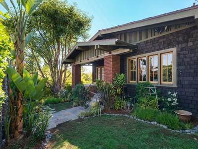 独户住宅 for sales at Character Silver Lake Craftsman 1801 Micheltorena Street  Los Angeles, 加利福尼亚州 90026 美国