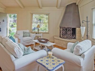 獨棟家庭住宅 for sales at Camp Nibelungen Torres 5sw Of Mountain View Carmel, 加利福尼亞州 93923 美國