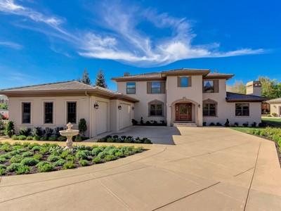Maison unifamiliale for sales at Stunning Remodeled Gated Custom Estate 1160 Lawrence Rd   Danville, Californie 94506 États-Unis