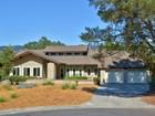 Casa para uma família for sales at Wild Oak Traditional 638 Madrone Court Santa Rosa, Califórnia 95409 Estados Unidos