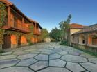 Villa for sales at Ocean View Estate 985 Park Lane Santa Barbara, California 93108 Stati Uniti