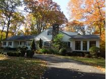 Частный односемейный дом for sales at Magnificent Mid-Country Setting    Greenwich, Коннектикут 06830 Соединенные Штаты