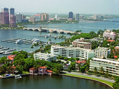 Eigentumswohnung for sales at 389 South Lake Drive #5C 389 S Lake Dr Apt 5c Palm Beach, Florida 33480 Vereinigte Staaten