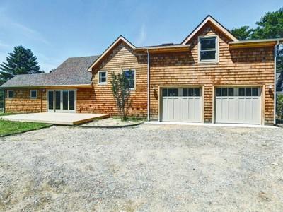 Nhà ở một gia đình for sales at Better Than New 95 Sebonac Rd Southampton, New York 11968 Hoa Kỳ