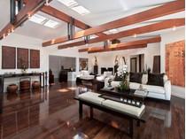 Vivienda unifamiliar for sales at California Living at its Finest 1400 Claridge Drive   Beverly Hills, California 90210 Estados Unidos