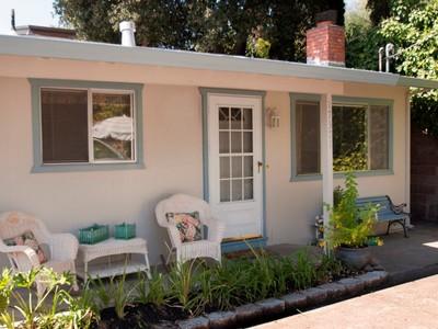 独户住宅 for sales at Buena Vista Cottage 17371 Buena Vista Avenue  Sonoma, 加利福尼亚州 95476 美国