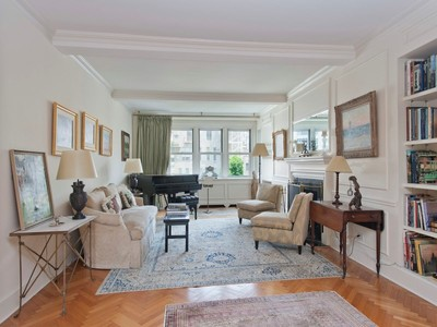 Co-op for sales at 4 East 70th Street, Unit 8AC  New York, New York 10021 United States