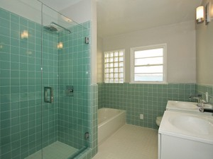 Additional photo for property listing at Trophy Location 225 Georgina Avenue  Santa Monica, California 90402 United States
