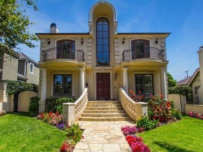 Vivienda unifamiliar for sales at Elegant Mediterranean Home 311 11th Street Santa Monica, California 90402 Estados Unidos