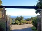 Maison unifamiliale for  sales at Santa Barbara Shangri-La  Santa Barbara, Californie 93105 États-Unis