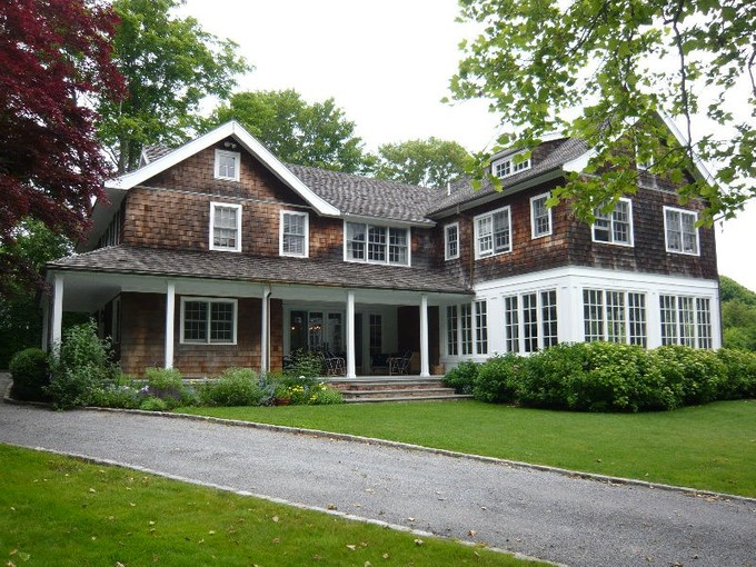 Single Family Home for rentals at Close to the Ocean   East Hampton Village, East Hampton, New York 11937 United States