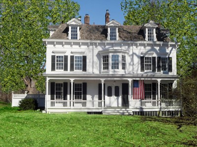 Частный односемейный дом for sales at Brush-Lockwood House 295 Taconic Road Greenwich, Коннектикут 06831 Соединенные Штаты