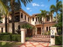 Maison de Ville for sales at Lake Block Mediterranean Townhome 425 Chilean Ave   Palm Beach, Florida 33480 États-Unis