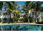Moradia for  sales at Oceanfront Estate   Palm Beach, Florida 33480 Estados Unidos